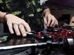 A participação da EDM no mercado de música americano está caindo